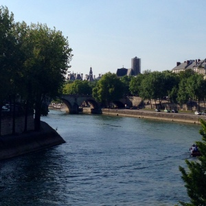 I ended my walk with a book on the banks of the Seine. All-in-all, a great way to spend an afternoon.
